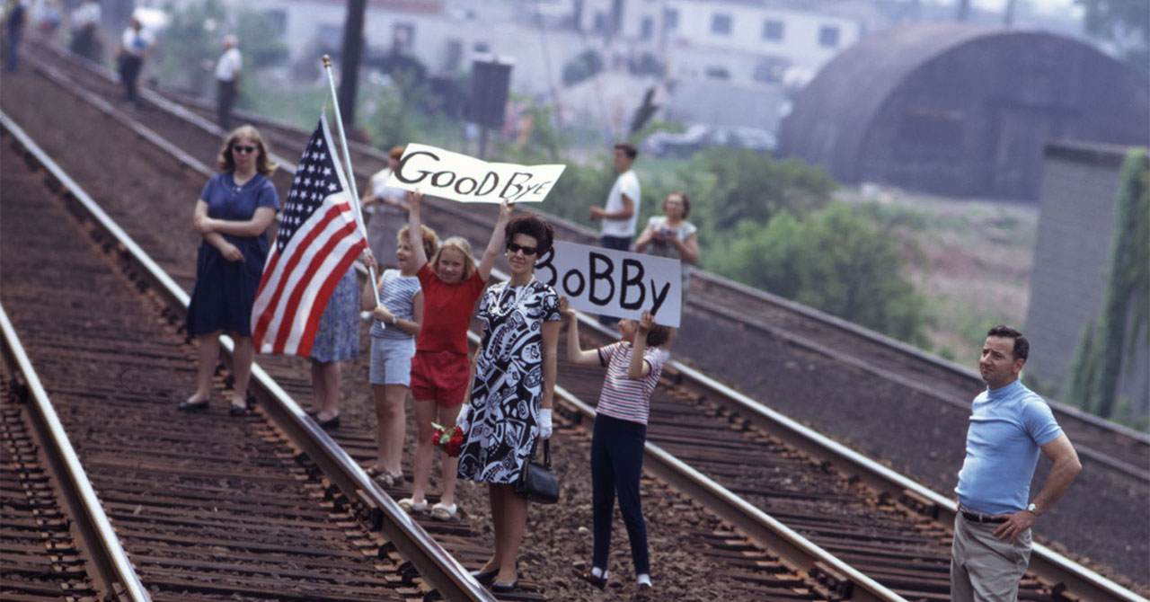 People on railway line, waiting for funeral train for Bobby Kennedy